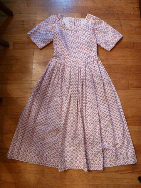 reproduction shell print cotton girl's gown, 1750-1790