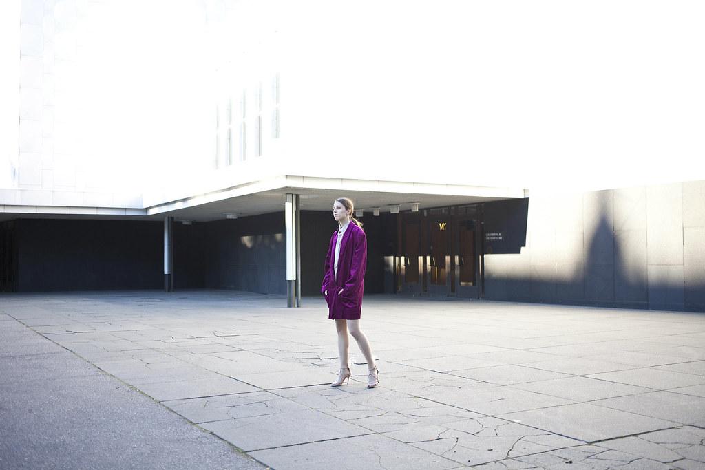 Ostrich Feathers Fashion Blog   Purple 1