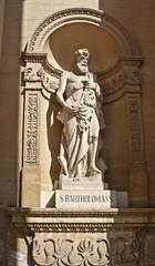 monarch(0.0), carving(1.0), art(1.0), temple(1.0), sculpture(1.0), religion(1.0), mythology(1.0), history(1.0), relief(1.0), statue(1.0),