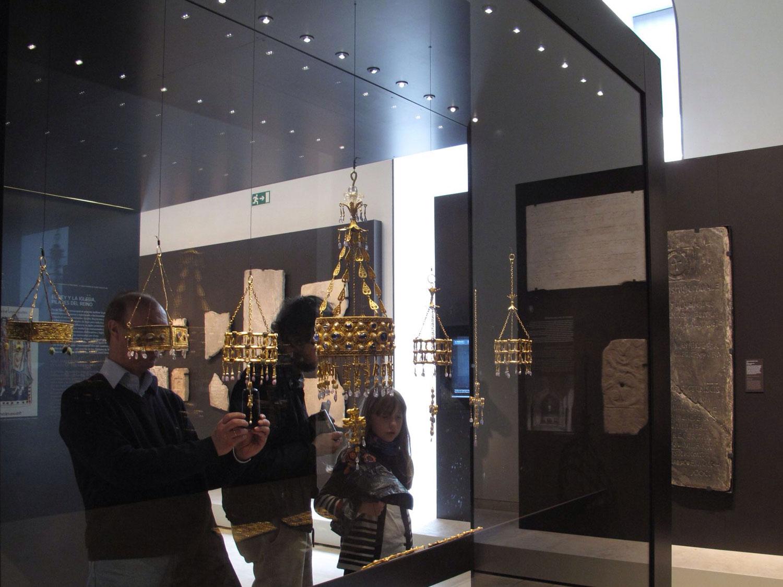 museo arqueologico nacional_man_exposicion_vitrinas