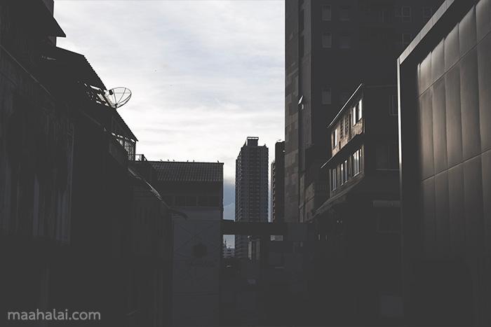 Lightroom Street dark tone