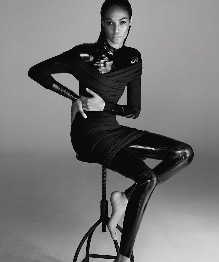 Джоан Смоллс — Фотосессия для «Harper's Bazaar» ES 2016 – 13