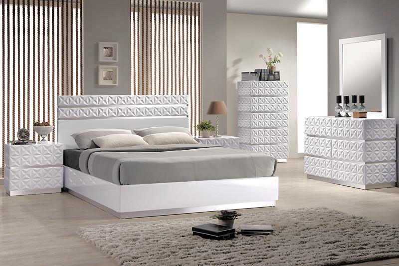 Beds – Diva Rocker Glam
