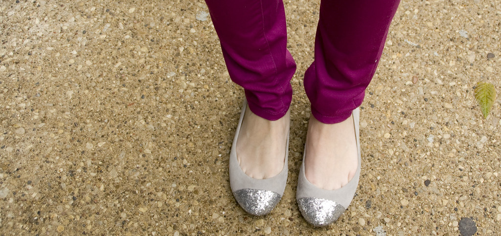 magenta jeans, sparkle shoes, skinny jeans
