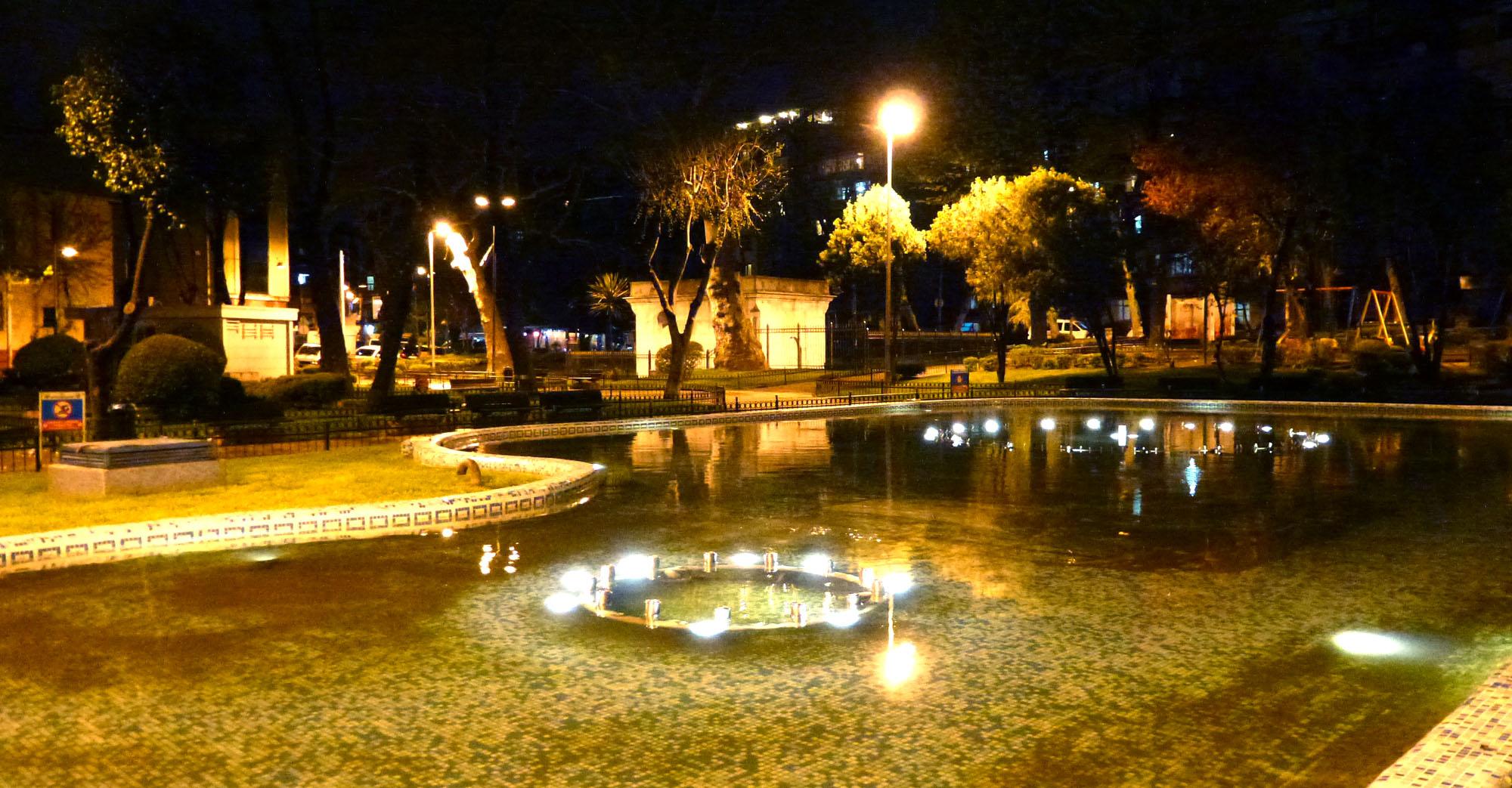 Istanbul - avril 2012 - jour 1 - 054 - Kadırga Meydanı Parki