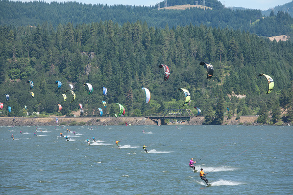 Image gallery hood river kiteboarding for The hood river