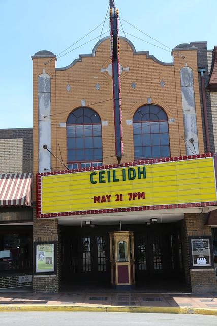 glasgow kentucky  plaza theatre  movie theater  barren