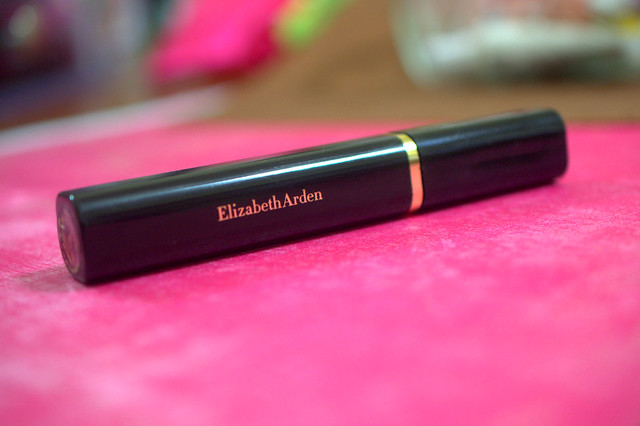 Elizabeth Arden Elizabeth Arden Beautiful Color Maximum Volume mascara tube
