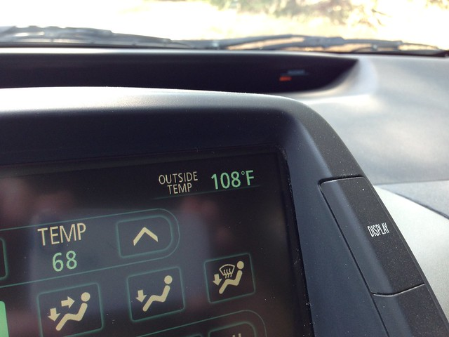 108 degrees, Mulholland Highway