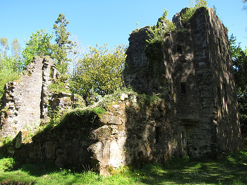 Finlarig castle ruins