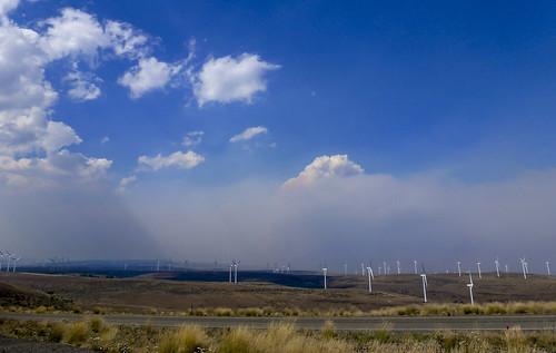 windmill fire wa pse windfarm ellensburg rec wildhorse windturbines pugetsoundenergy renewableenergycenter colockumtarpswildfire