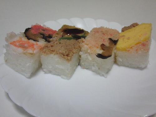 Sushi (oshizushi、押し寿司)