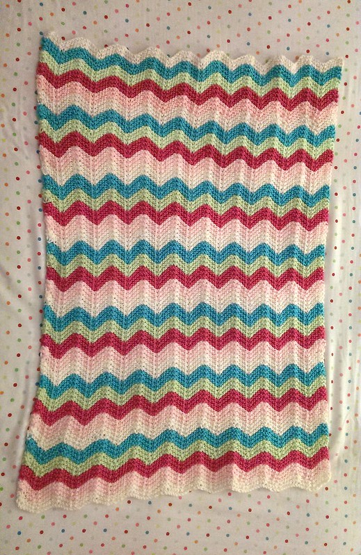 Chevron baby blanket finished!