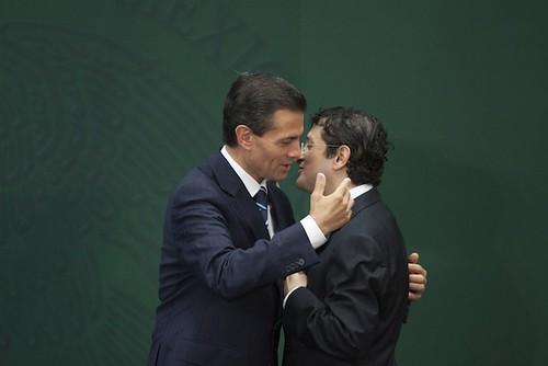 El mexicano llegó al límite con la corrupción: Financial Times; Peña Nieto la desestimó, dice