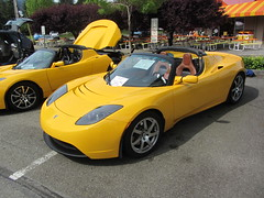 lotus elise(0.0), automobile(1.0), tesla(1.0), tesla roadster(1.0), vehicle(1.0), automotive design(1.0), land vehicle(1.0), supercar(1.0), sports car(1.0),