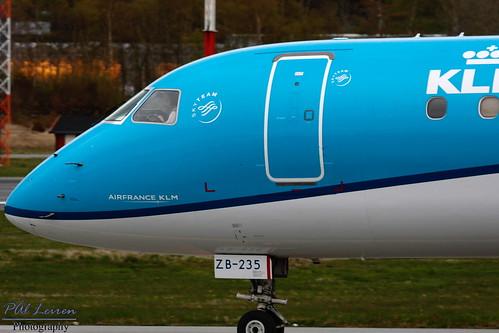 E190 - Embraer ERJ-190STD