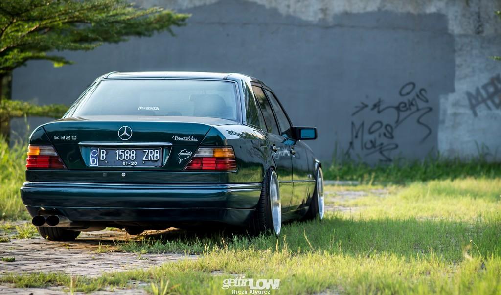Mercy-W124-darkgreen_04