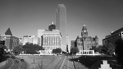#DailyDealey 112816 1/640 f3.5 100 #Dallas #photosfromamovingtrain #DealeyPlaza #dallasisdallas #GrassyKnoll #JFK #InstaDFW #bnwphotography #bnw_just #bnw_city #bw #bnw_society #bnw_captures #bnw #blackandwhite #monochrome #bnwphotography #streetphotograp
