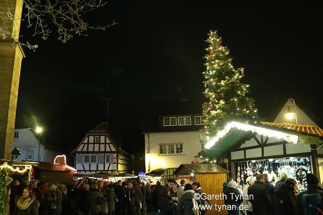 s161125a_0131+_Langen_WeihnachtsMarkt