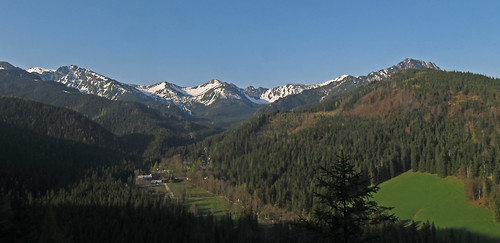 Kuźnice and the High Tatra from the slopes of Nosal