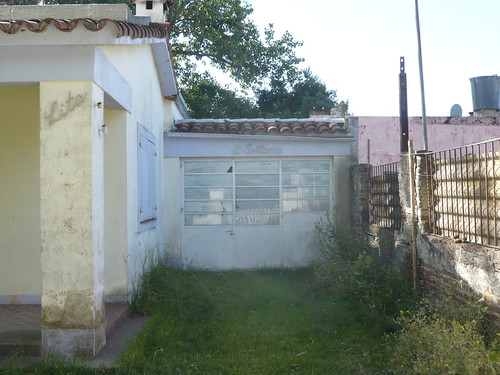 chalet. con tallercito/ estudio/ lugar privado
