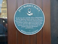 Photo of Hugh Ripley and William Chambers green plaque