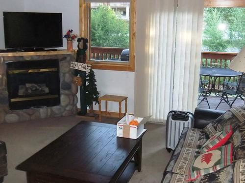 Living Room - Bugle Pointe - Estes Park Condos