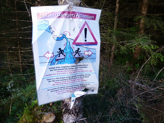Warning sign for glacial waters