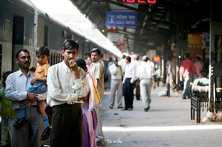 Man waiting for the train in Delhi