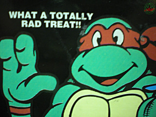 Blue Bunny :: Teenage Mutant Ninja Turtle 'Face' Bars - vendor sticker v (( 1994 ))