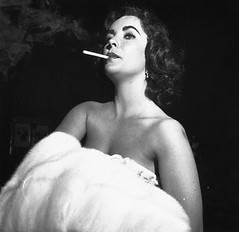 Elizabeth Taylor Smoking Cigarettes