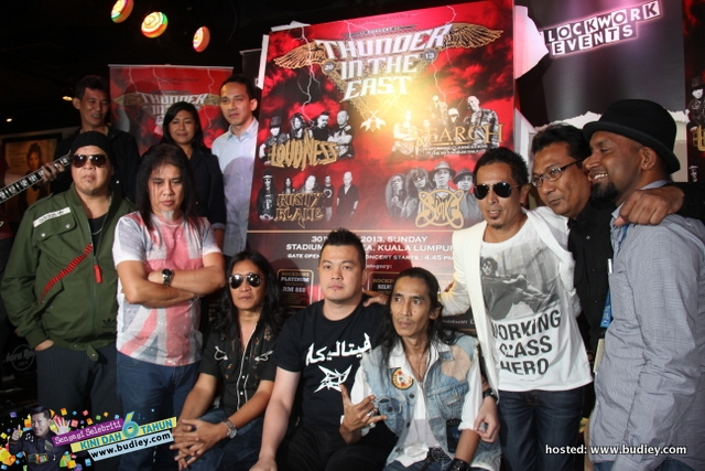 Konsert Thunder In The East