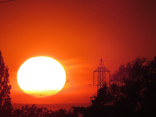 sunset sun silhouette canon village powershot pylon sutton bonington sx50