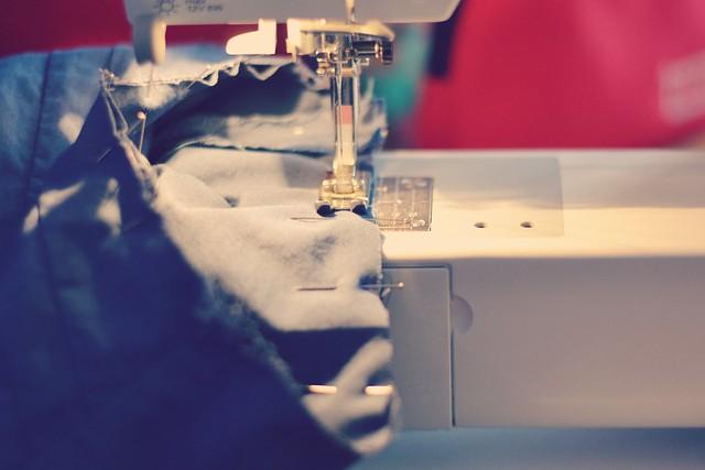 Projet couture haut à plis bleu