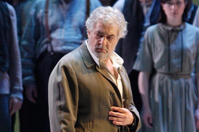 Plácido Domingo as Nabucco in The Royal Opera's Nabucco ©  ROH/Catherine Ashmore