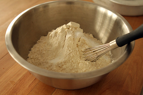 flour for yogurt cake