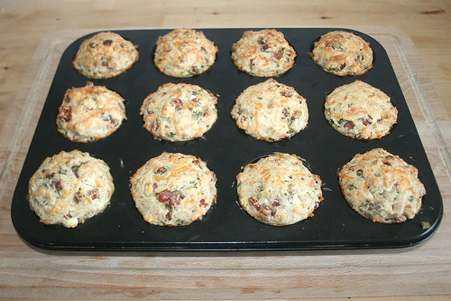 37 - Cabanossi Feta Muffins - Fertig gebacken / Finished baking