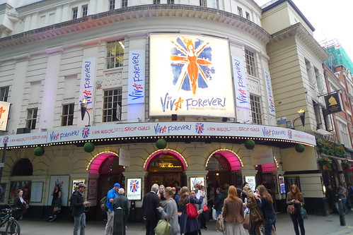 Viva Forever! The Musical at Piccadilly Theatre
