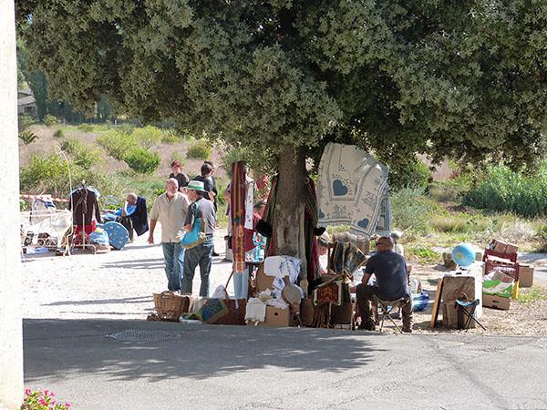 vide grenier saint-Pantaléon