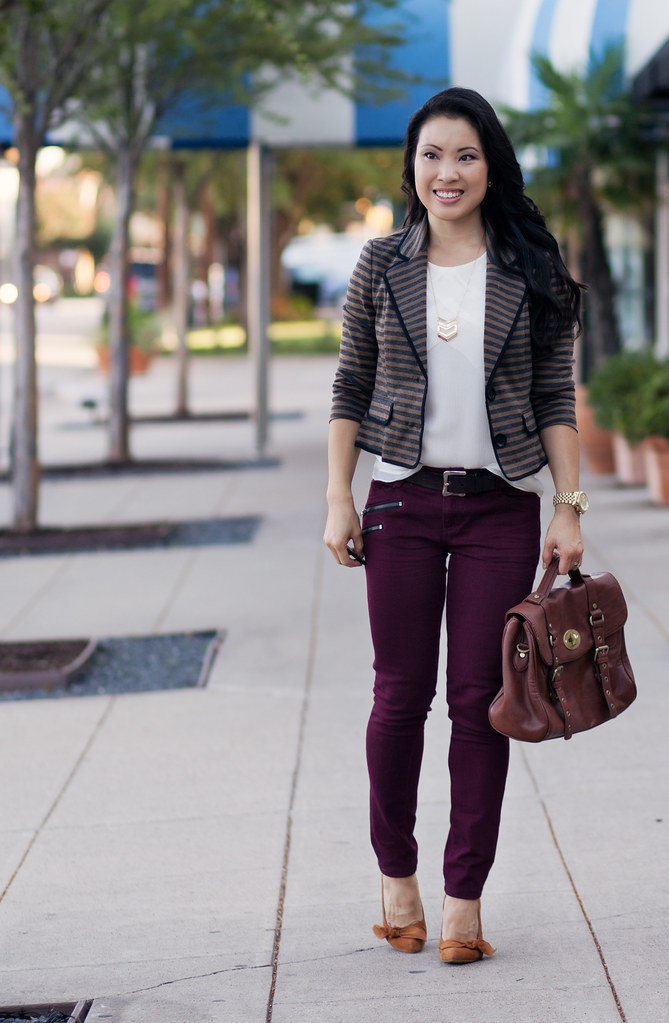 striped blazer, burgundy jeans, chevron necklace, sole society elisa pumps outfit #ootd