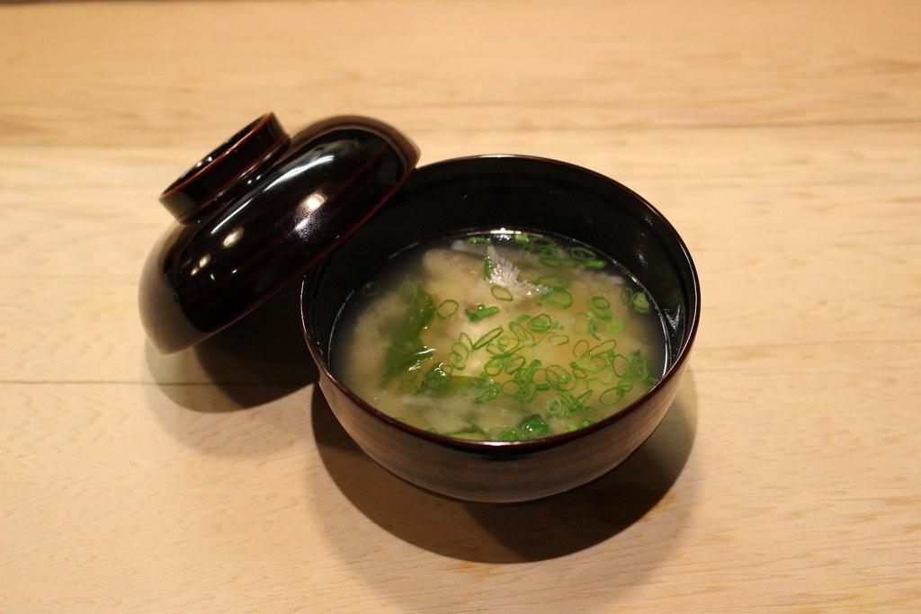 天然鯛のアラ汁