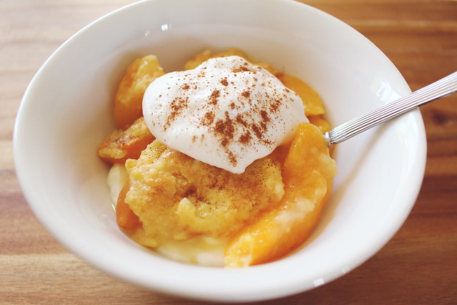 greek yogurt 52 ways: no. 14 peach cobbler