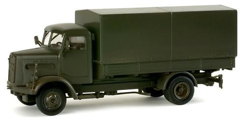 08 Minitank MAN 620 1-87