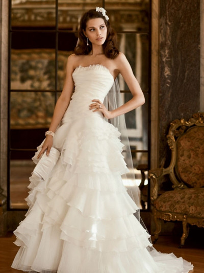 strapless ball gown wedding gown
