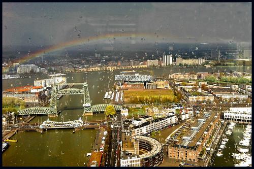 regenboog boven rotterdam by hans van egdom