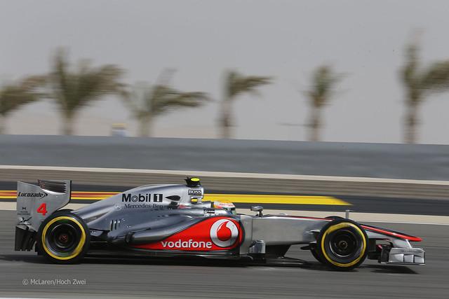 Lewis Hamilton McLaren MP4-27 F1 Bahrain 2012
