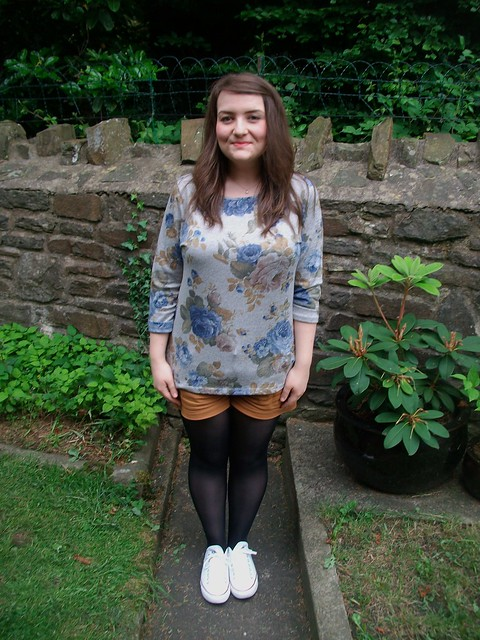 casual, shorts, new look, floral jumper,