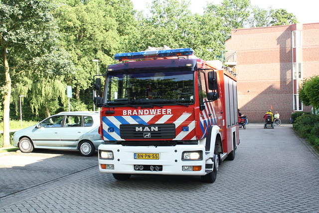22-06-2012_PRIO 1 Rookmelder t_Wamelink-Mark (3)