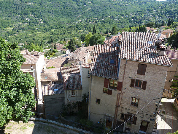 village de bar sur loup