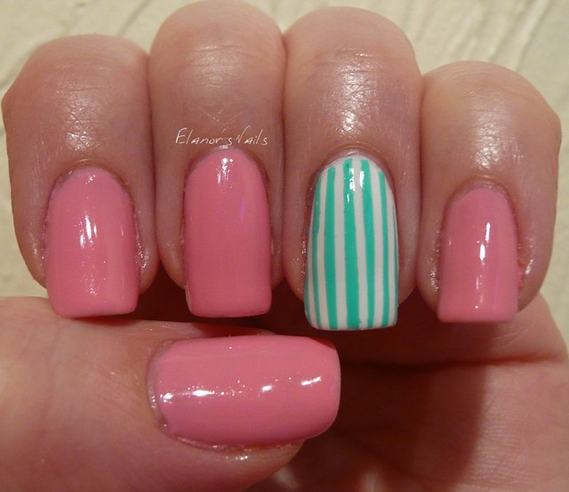 green striped nail 1